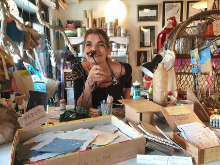 ÈVE, Artiste plasticienne qui donne une seconde vie aux déchets…