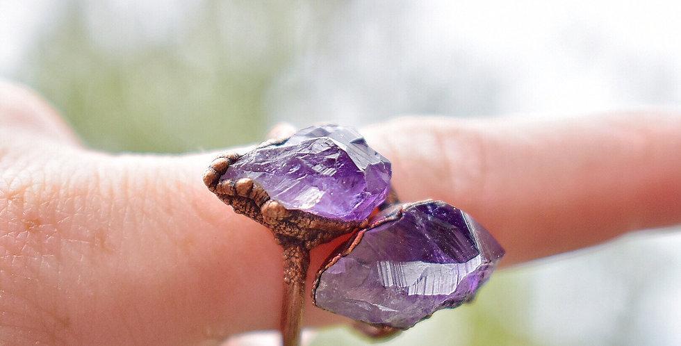 Raw Amethyst Ring - Antiqued Copper