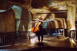 ITIN-ER(R)ANCE / caves Ackerman