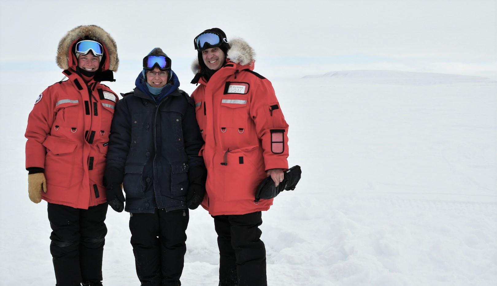 Winter field sampling team