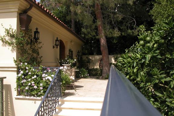 Terrace 206.JPG