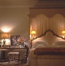 729-Master Bedroom 1.jpg