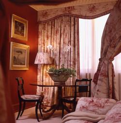 Guest Suite A 1.jpg