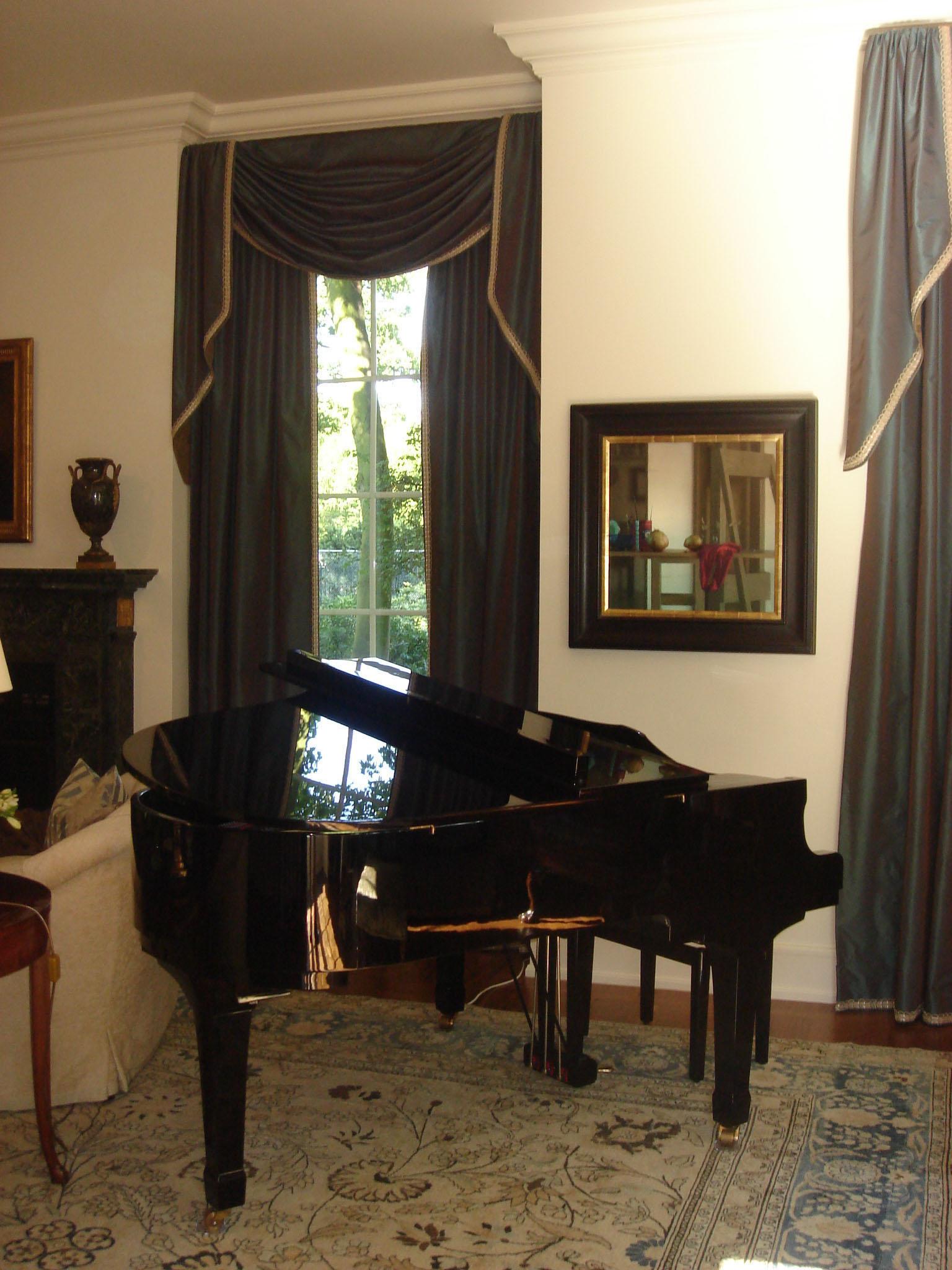 Living Room 107 m.JPG