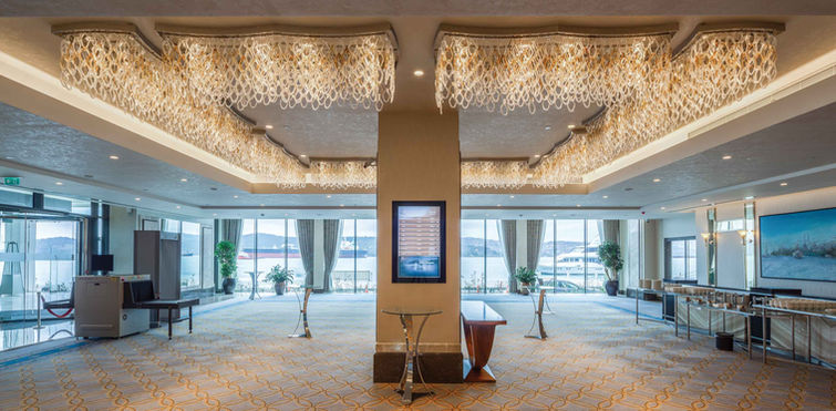 GRAND TARABYA HOTEL ISTANBUL BALLROOM FOYER / LIGHTING