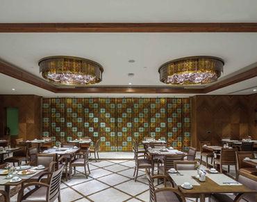 MERCURE HOTEL TOPKAPI - ISTANBUL RESTAURANT / PLAFONIERA