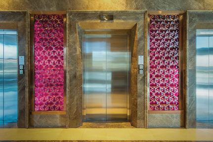 MERCURE HOTEL TOPKAPI - ISTANBUL ELEVATOR HALL / GLASS PANEL LIGHTING