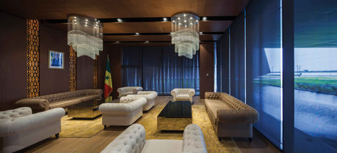 DAKAR INTERNATIONAL CONGRESS CENTER WAIT ROOM / CHANDELIER