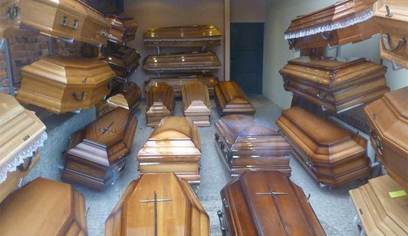 Гробы изготовлены из различного мате