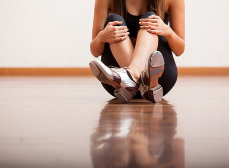 立ち仕事で足の甲に痛みとしびれが出てきました(26歳女性)