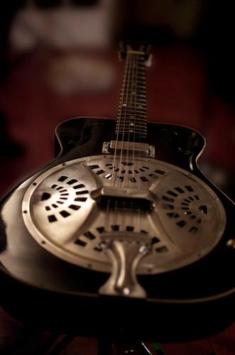 DAHLS+3_steel+guitar_DCS_9960.jpg