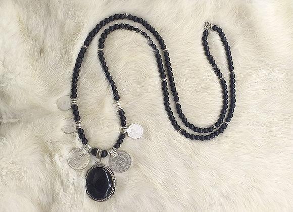 Collar Onix Negro & moneda