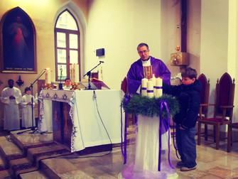 Вторая свеча на адвентском венке