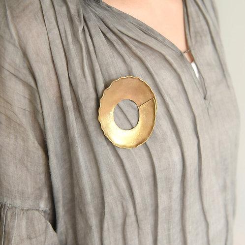青木三千代|ブローチ 真鍮2