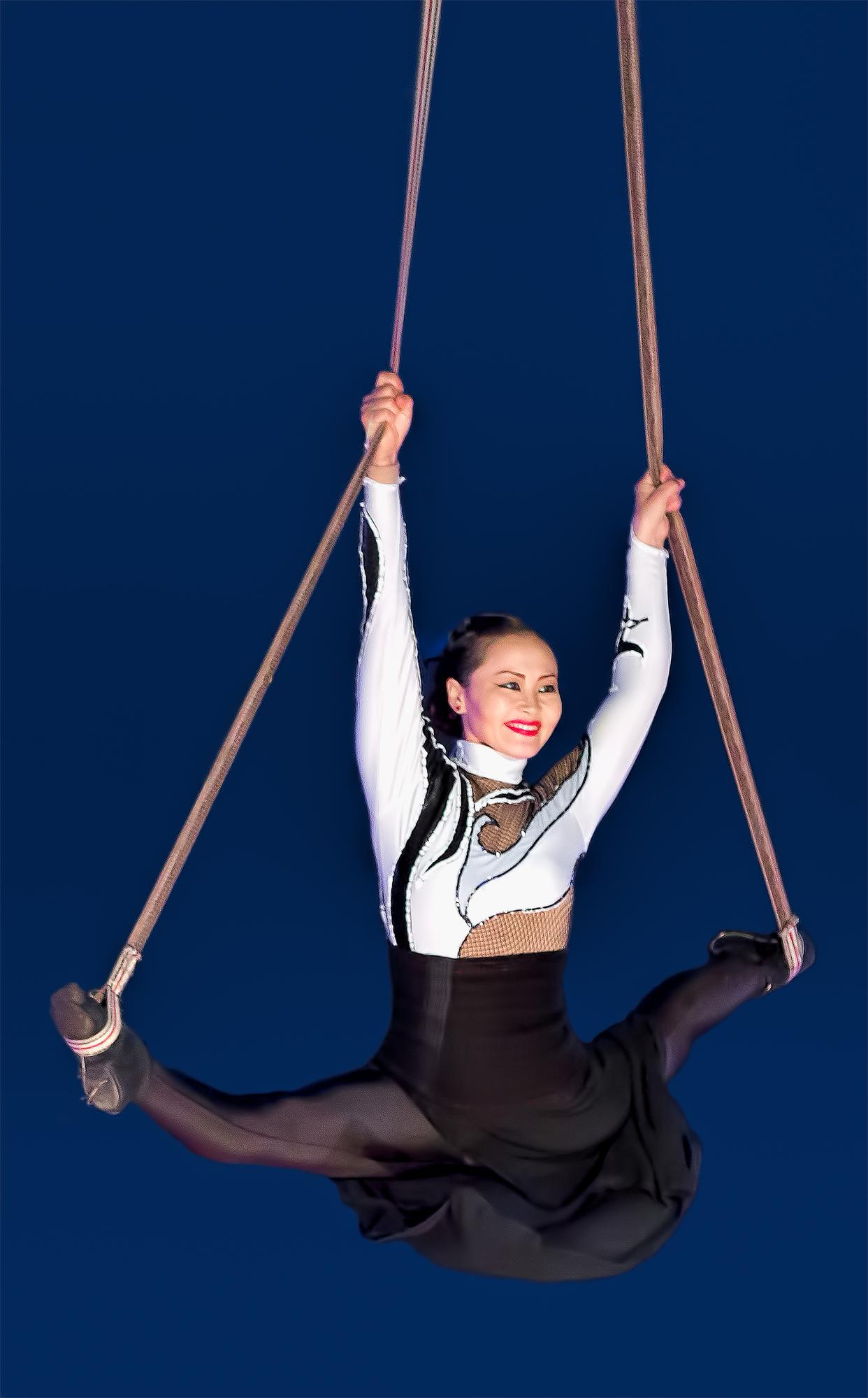 Girl on Ropes.jpg