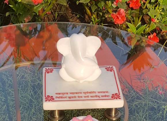 Marble Ganesha Idol with Deepak 🌺
