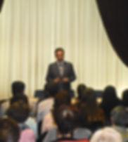 Андрей Данилов проводит семинар.JPG.jpg