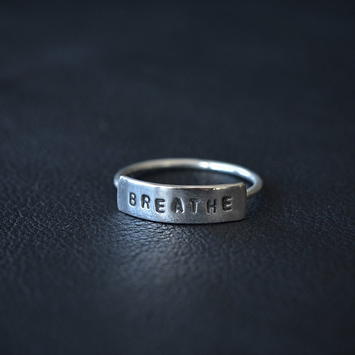 WORD RING // BREATHE
