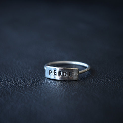 WORD RING // PEACE