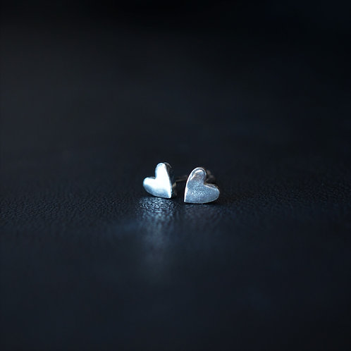 HEART SHAPED STUDS