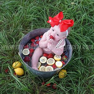 Ashlynn's Fruit Bath