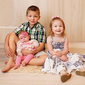 Pearce Family Easter Minis