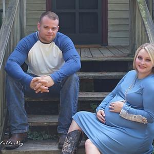 Rachel's Outdoor Maternity