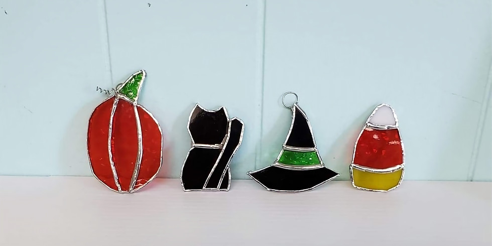 Britain Hill - Pre-Cut Halloween Stained Glass Ornaments (4)