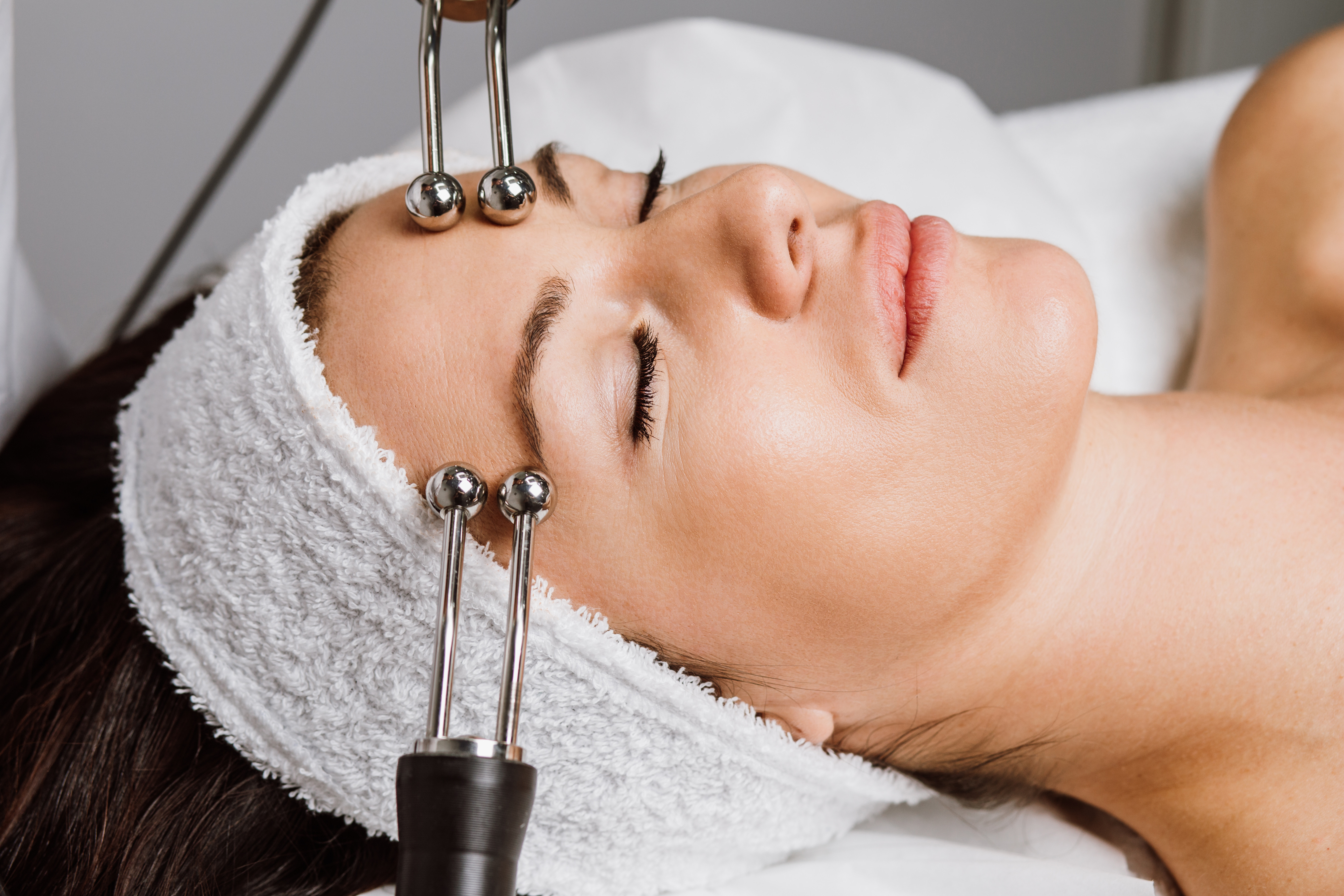 Anti-aging Microcurrent Therapy