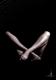 legs 5 nude photo andronicos
