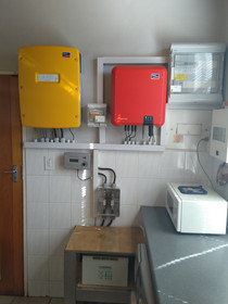 Grid tied system with battery backup 1-1