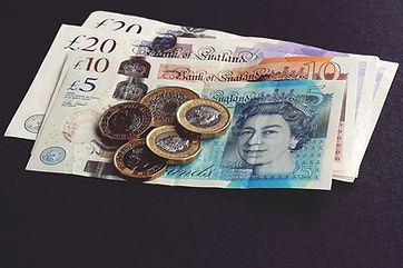 bank-notes-1791583.jpg