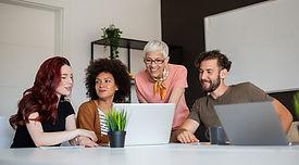 blog-managing-recognition-multigenerational-workforce.jpg