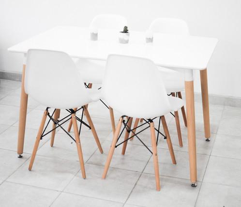 mesa eames 4 sillas eames blancas - Sillas Eames