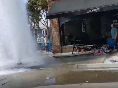 Car crashed into a coffee shop in Long Beach