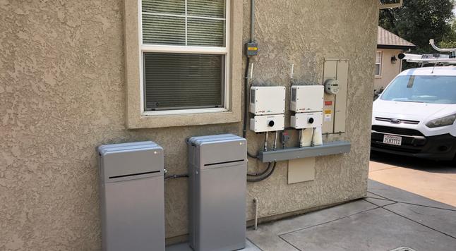 SolarHut battery installation 2021.png