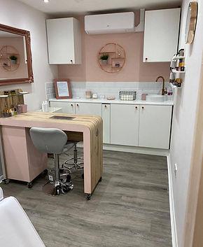 the beauty room 3.jpg