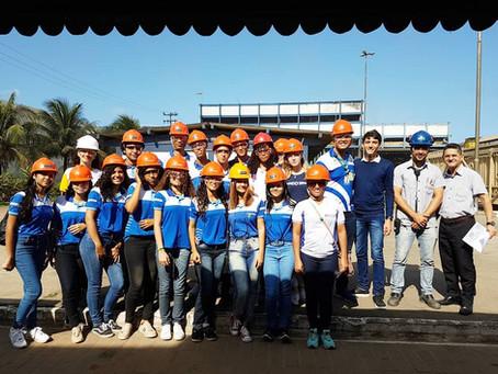 Estudantes do SENAI visitam  a São José Agroindustrial