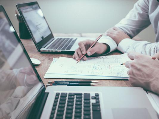 How Arbitrage Entourage Adds Value