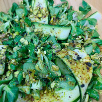 Ensalada de calabacín y pistachos