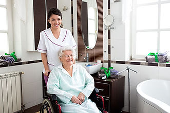 Senior-and-Caregiver-Duties.jpg