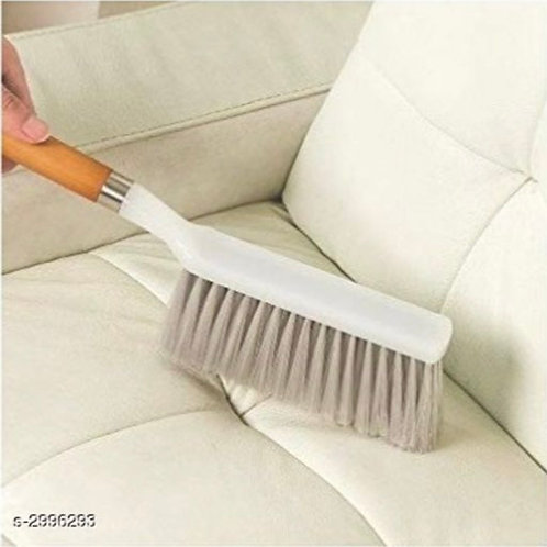 Multi-cleaning duster