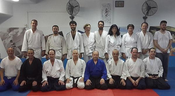 קבוצת הגנה עצמית בתל-אביב