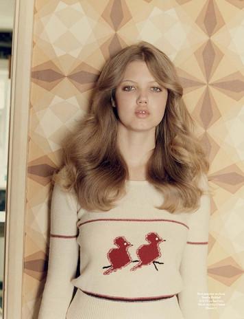 Lindsey-feels-so-70s-retro.jpg