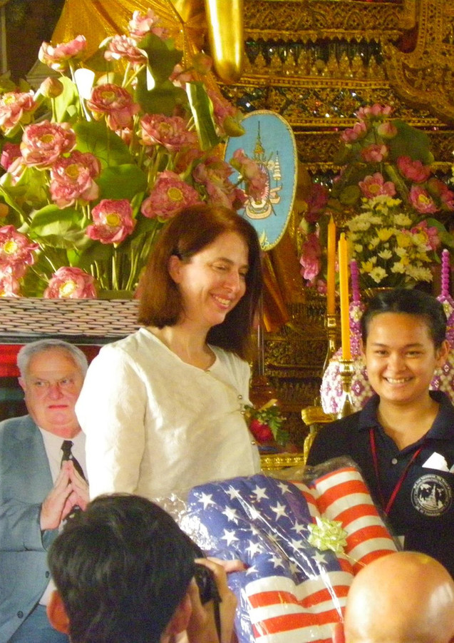 Graduation Date CLC Wat Arun.jpg