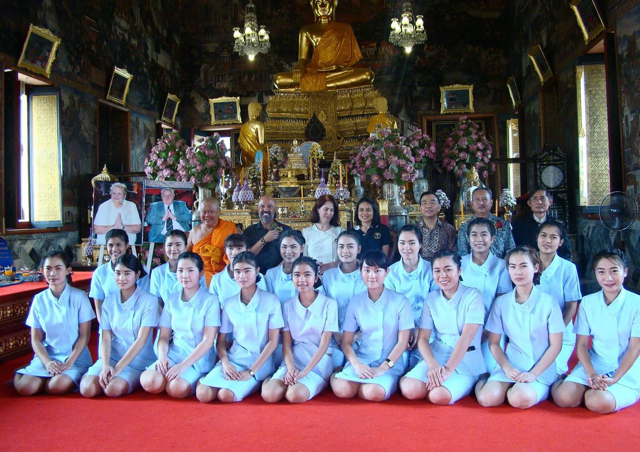 Graduation Day CLC Wat Arun.jpg