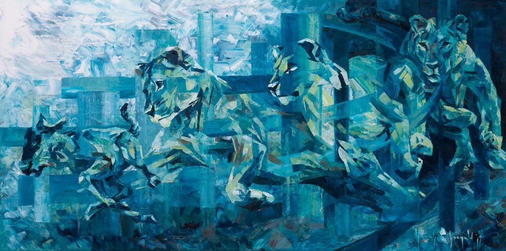 Lioness-hunt.jpg