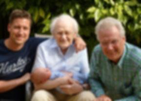 family-1827369_1920.jpg