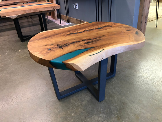 Cherry Coffee Table 147
