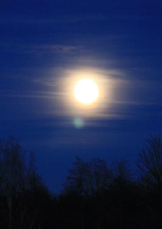 mesic_obloha.JPG